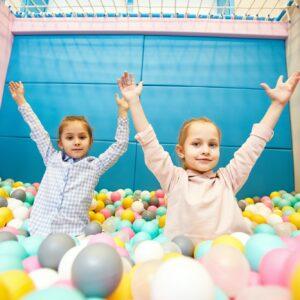 Balloon entertainment